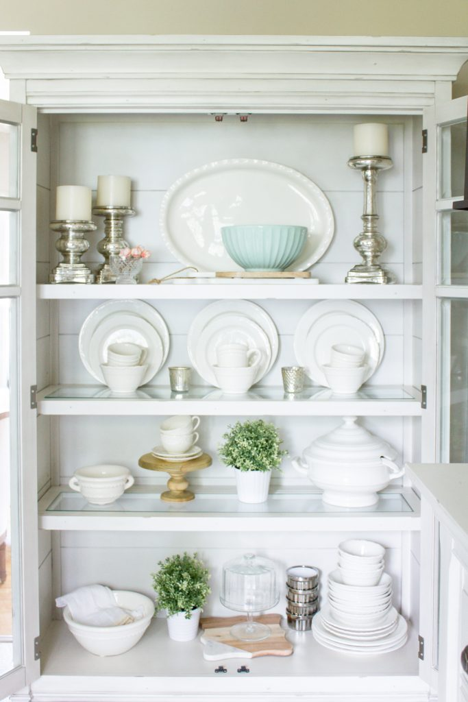Simple Ideas To Help You Style Your China Cabinet In Farmhouse Style... |