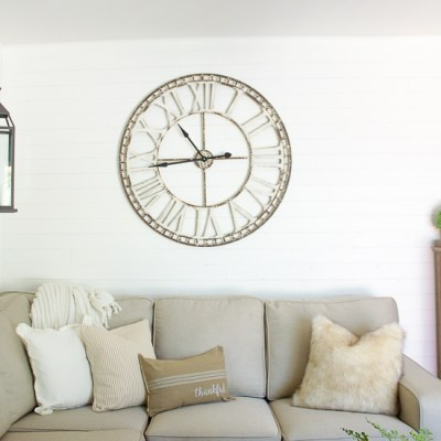 10 Minute Decorating: Three Simple Ways to Cozy up Any Space for Fall