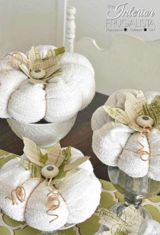 Sweater Pumpkins with Vintage Knob Stems