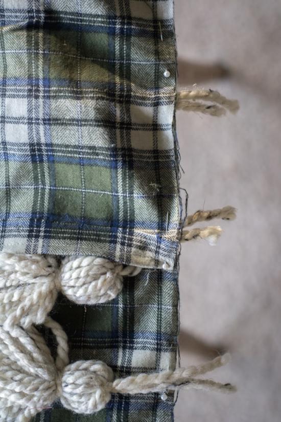 how to make a plaid tassel throw pillow