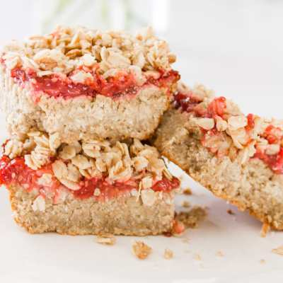 Healthy Strawberry Oatmeal Bar Recipe – Nut Free, Vegan + Gluten Free