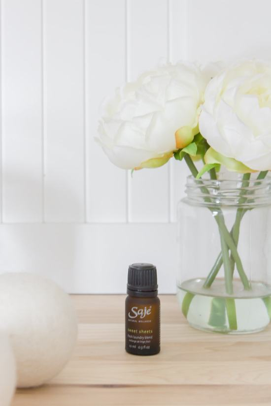 essential oil, wool dryer balls