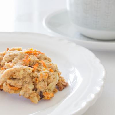 Cookies for Breakfast? Yes Please! A Gluten Free, Nut Free + Vegan Breakfast on the Go