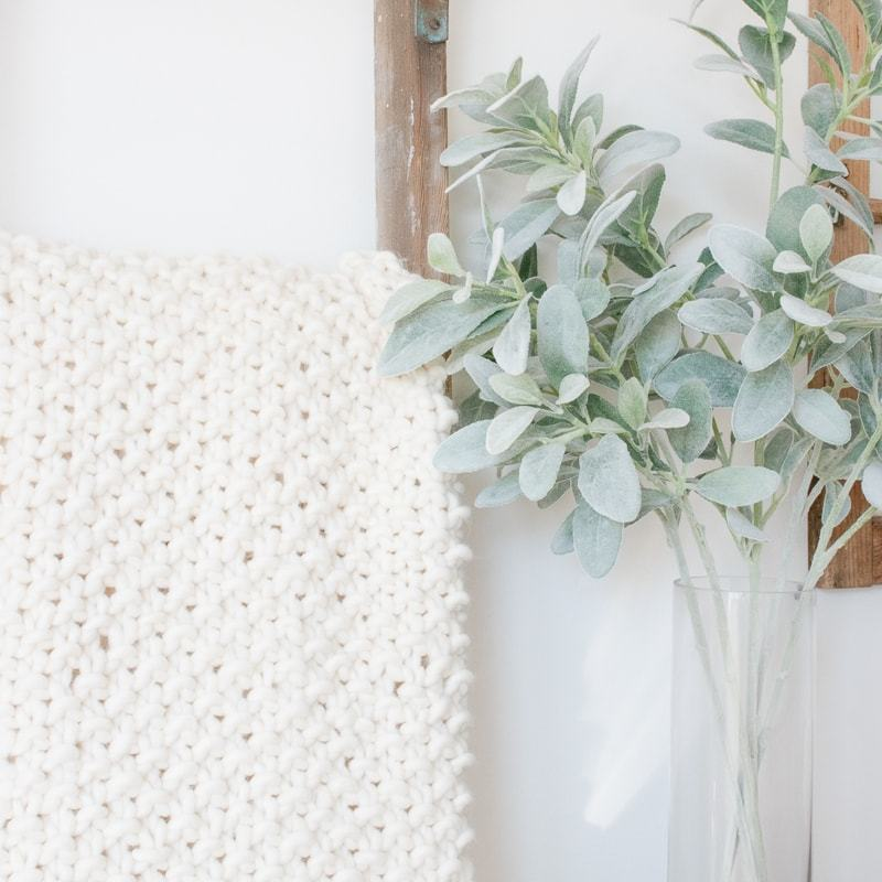 chunky knit blanket, blanket ladder, lambs ear