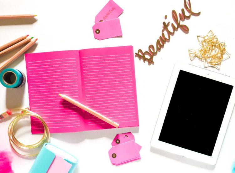 beautiful-notebook-pink-ipad-3
