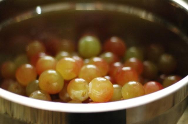 stemmed_grapes