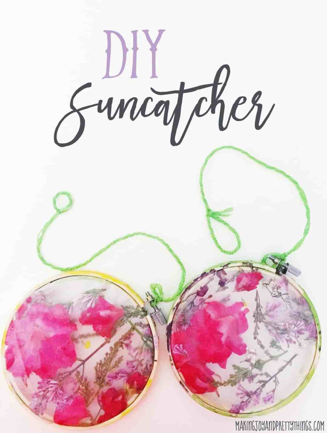 Easy DIY suncatcher craft for kids. Perfect gift for teachers, grandmothers and mothers for Mother's Day! Also great spring and summer outdoor craft for kids.