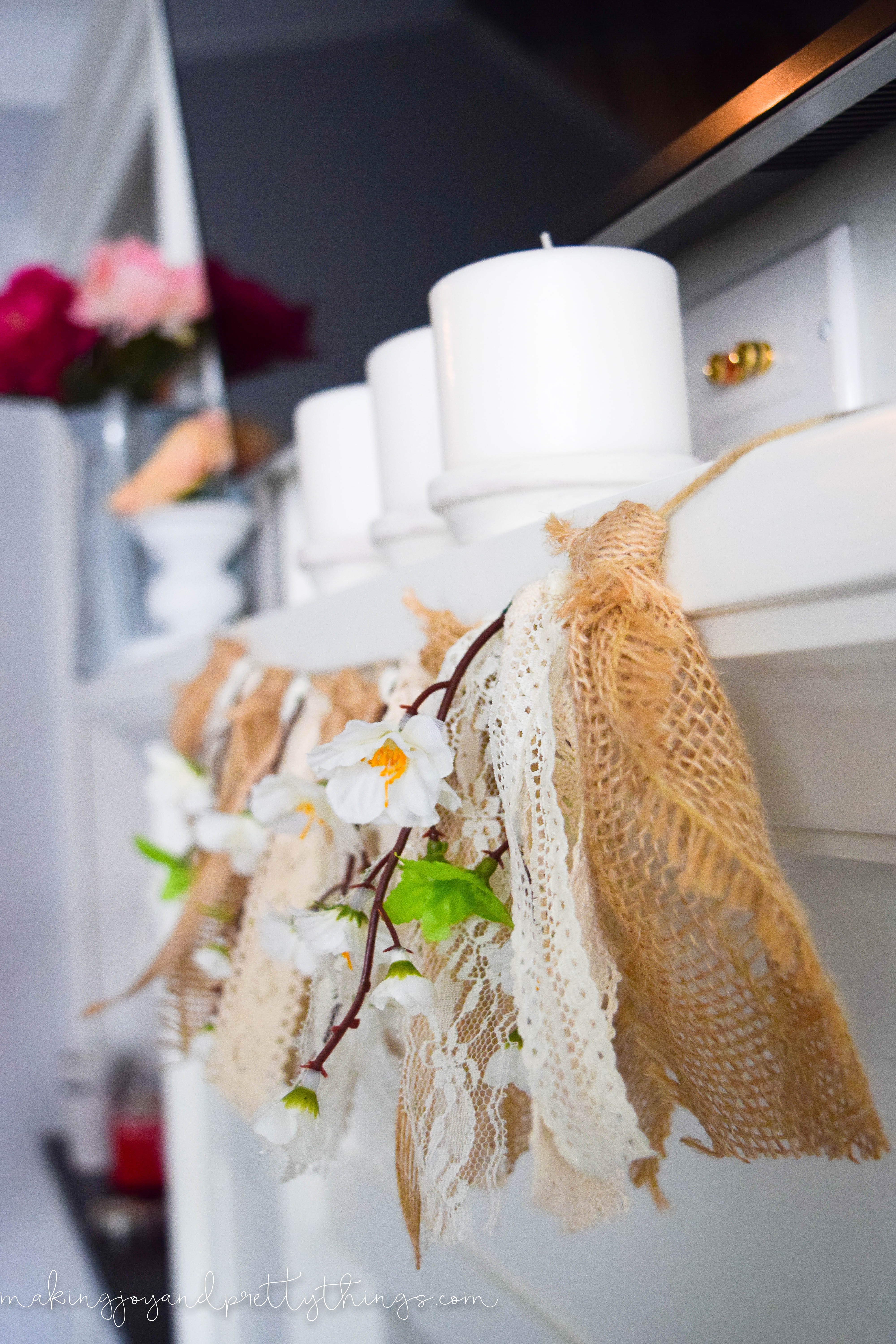 Need some farmhouse inspiration for your mantle? Come check out this amazing and easy DIY farmhouse mantle. Tons of farmhouse inspiration and farmhouse decor with touches of summer color.