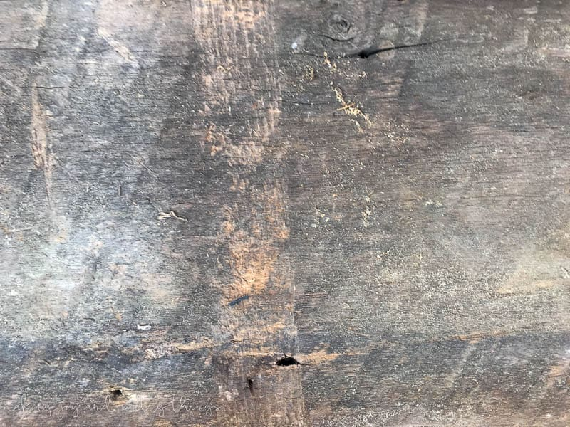 Get the farmhouse look: 3 Easy Steps to refinish barnwood.