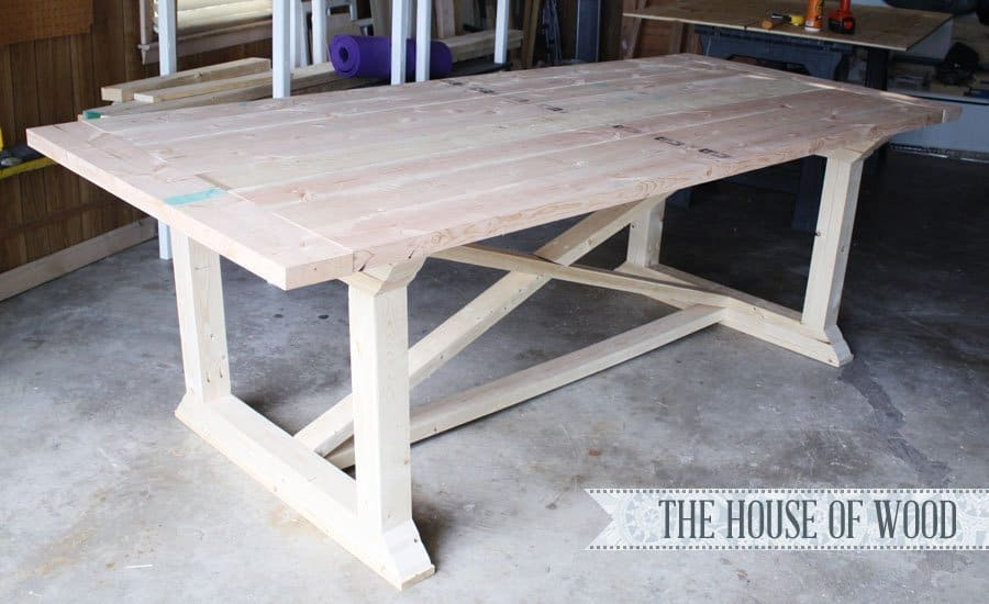 7 diy farmhouse tables with free plans for Farmhouse table plans with x legs