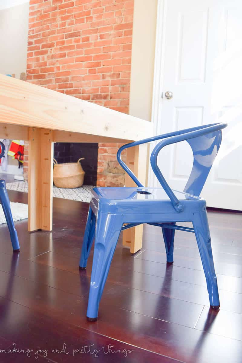 DIY Kids Craft Table