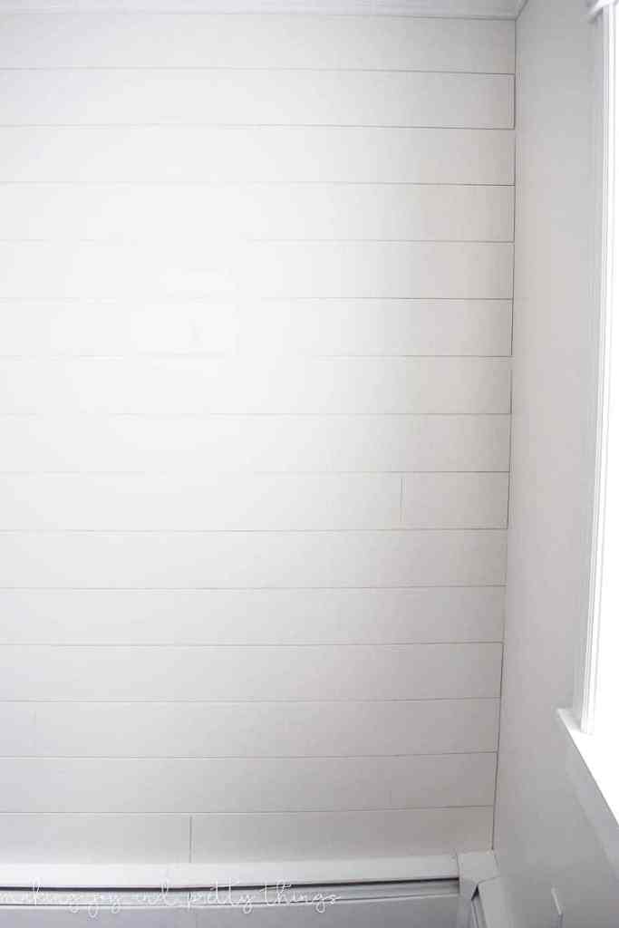 shiplap wall | diy shiplap wall | how to plank a wall | planked wall | diy plank wall