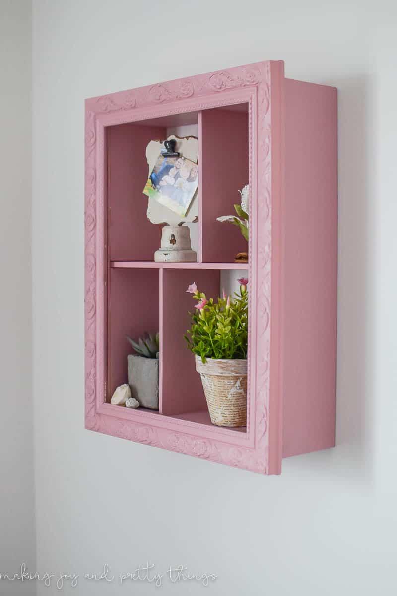 Kitchen Bookshelf Styling