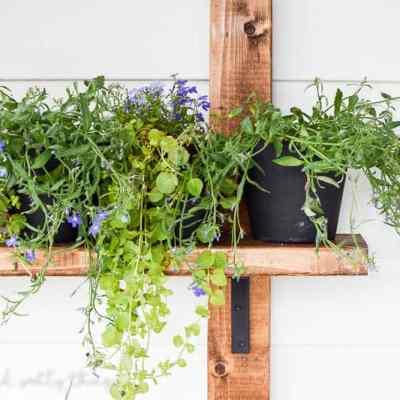 DIY Vertical Herb Garden and Planter (2×4 Challenge)