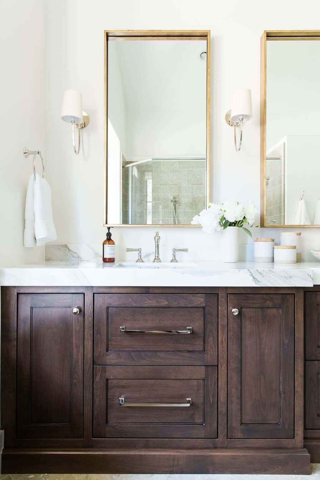 Mixing Metals In The Bathroom -