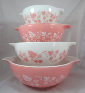 Pyrex pink gooseberry mixing bowls
