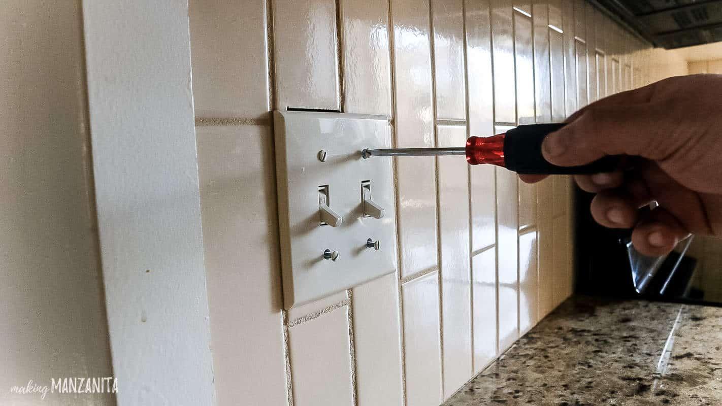 tile removal kitchen backsplash part 1