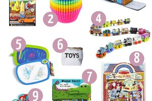 15 Activities (most you can find on Amazon) to Keep Your Toddler Busy While Eating Out