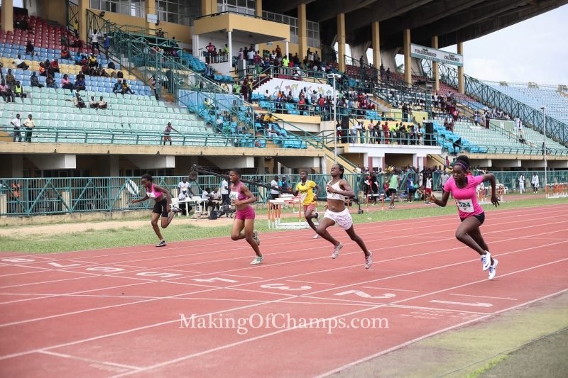 The 200m Youth Girls final was a close one, with Akpedeye dipping in ahead of Sheme to win.