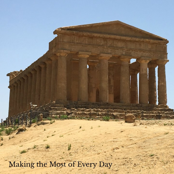Reason #1 to visit Sicily: Greek temples!