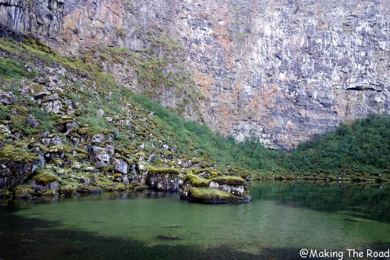 Canyon d'Asbyrgi islande road trip randonnée glacier blog voyage
