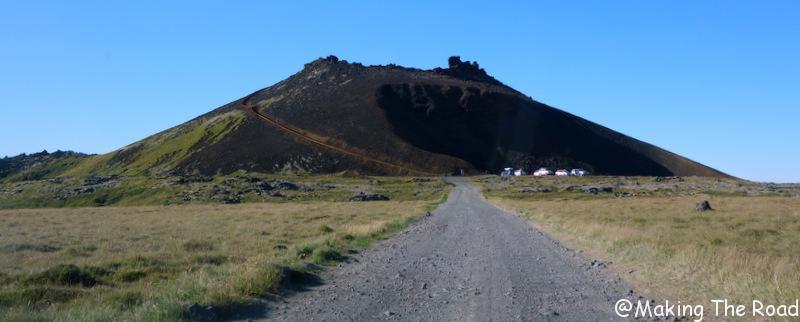 Cratère du volcan Saxholl islande visiter péninsule de snaefellsnes
