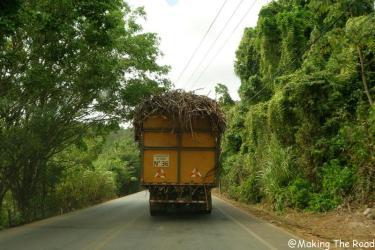 costa rica en route pour Orosi