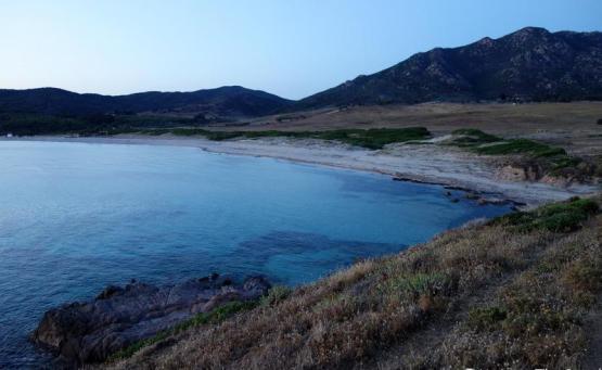 Visiter Ajaccio en 1 journée corse capo di feno plage prés ajaccio sauvage