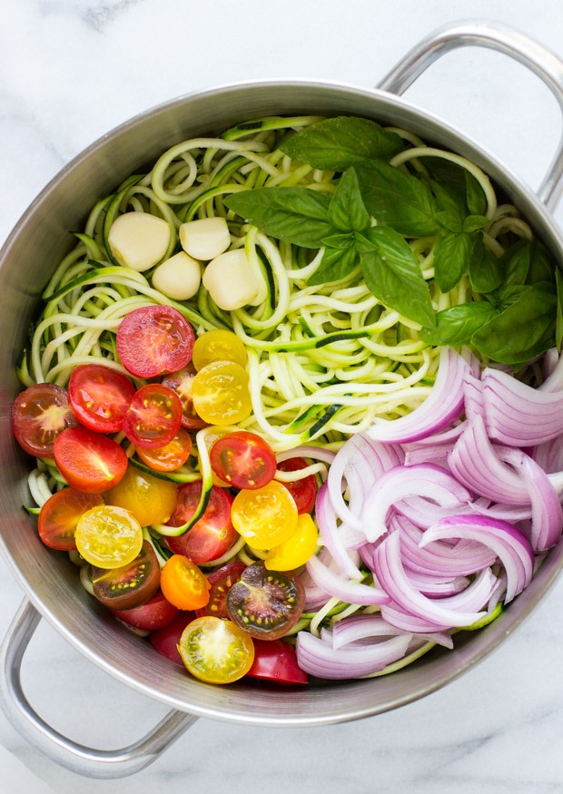 One Pot Zucchini Pasta - Making Thyme for Health