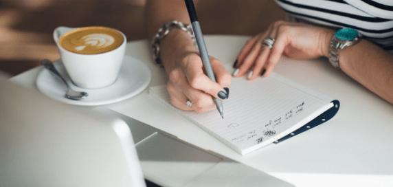 Tulisan tangan kreatif