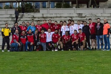 Tadiwa with rugby team mates