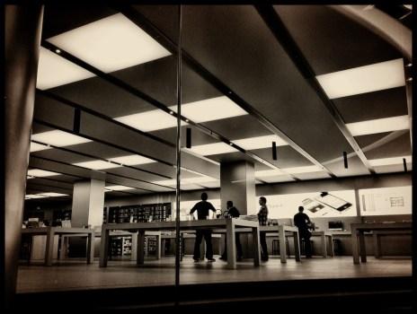 Apple Store Dresden 03