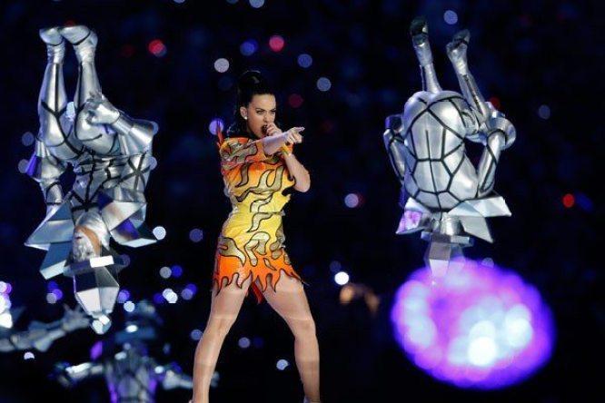 Katy-Perry-Super-Bowl-2015-13