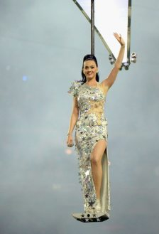 Katy-Perry-Super-Bowl-2015-15