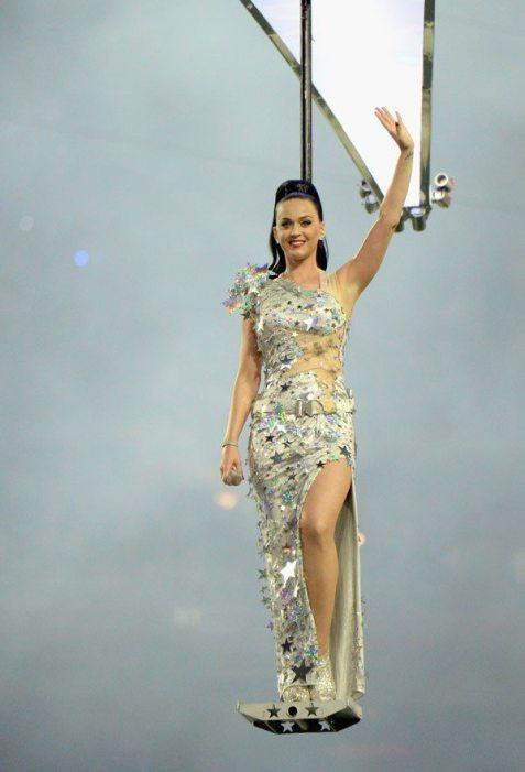 Katy-Perry-Super-Bowl-2015-15
