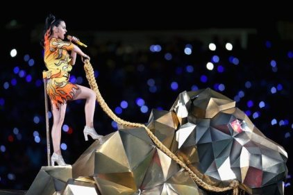 Katy-Perry-Super-Bowl-2015-22