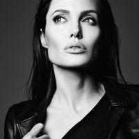 Angelina-Jolie-28