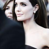 Angelina-Jolie-34