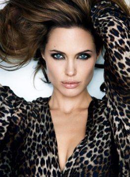 Angelina-Jolie-50