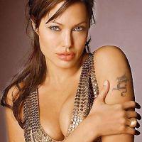 Angelina-Jolie-80