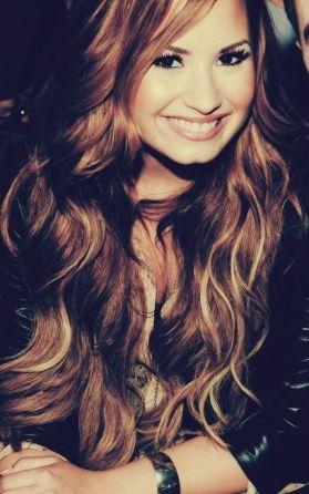 Demi-Lovato-7