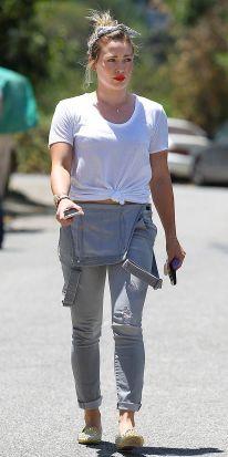 Hilary-Duff-photo-2014-17