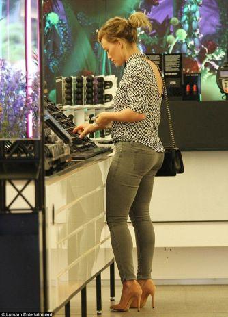 Hilary-Duff-photo-2014-20