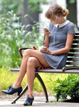 Taylor-Swift-75