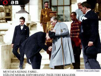 Ataturk-ve-ingiliz-krali-Edward-Ataturk-un-elini-operken