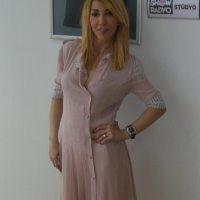 Hande-Yener-2014-42