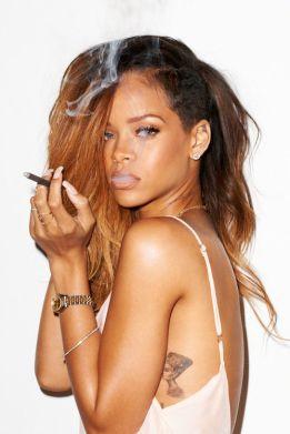 Rihanna-14