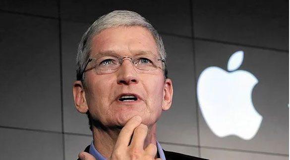 tim-cook-apple-1 Kişisel Bilgilerimizi Vermeyip FBI'a Kafa Tutarak Kalpleri Çalan Tim Cook Hakkında 17 Şey