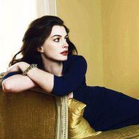 Anne-Hathaway-12