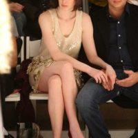 Anne-Hathaway-72